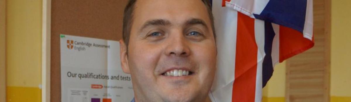 Grzegorz Jankowski – wychowawca klasy 5, nauczyciel języka angielskiego