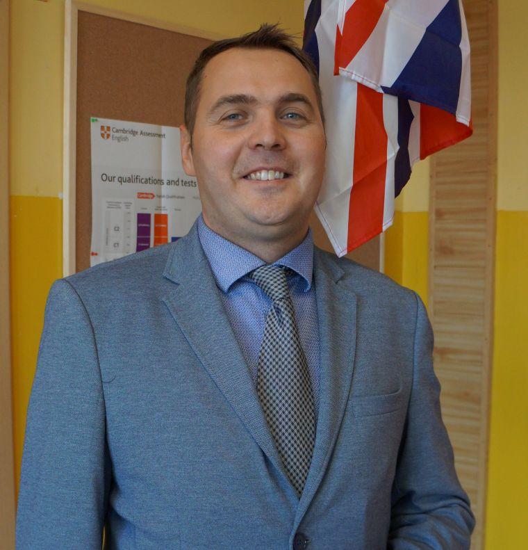 Grzegorz Jankowski - wychowawca klasy 5, nauczyciel języka angielskiego